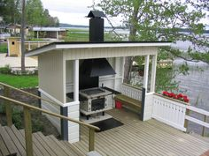 Grillailua rannalla Outside Sheds, Dock House, Backyard Sheds, Lake Cottage, Summer Kitchen, Outdoor Living, Outdoor Decor, Garden Pool, Outdoor Cooking