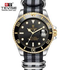 Men's automatic submariner watch with a black/golden face and a nato canvas strap Submariner Watch, Winter Travel Outfit, Handbags For Men, Bones And Muscles, Sport Chic, Mechanical Watch, Automatic Watch, Watches For Men, Sporty