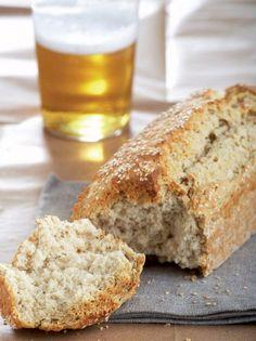 Ψωμί με μπίρα - www.olivemagazine.gr Vegan Vegetarian, Vegetarian Recipes, Bread Recipes, Cooking Recipes, Pretzel Bun, Bread Art, No Cook Meals, Food Inspiration, Banana Bread