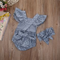 Item specifics Material:Cotton Gender:Baby Girls Sleeve Length:Short Closure Type:Covered Button Pattern Type:Polka Dot Material Composition:cotton Collar:O-N