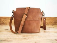 Cowhide LEATHER bag // Handmade leather bag // Brown leather bag // Cross-body leather tote bag // Small shoulder bag for woman FLOR POCKET