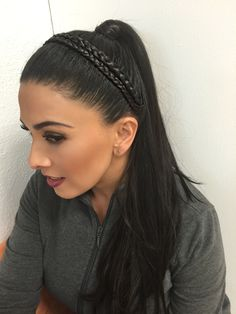 Doble trenza Girl Hairstyles, Braided Hairstyles, Updos, Braids, Hair Color, Hair Beauty, Lily, Long Hair Styles, Beautiful