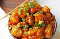 Sweet and spicy chicken bites made with tender chicken, flash-fried, and baked in a sweet brown sugar buffalo sauce. You'll have people coming back for seconds in no time at all! Sweet And Spicy Chicken, Sweet And Spicy Sauce, Chicken Flavors, Chicken Recipes, Turkey Recipes, Baked Caprese Chicken, Grilled Chicken, Buffalo Chicken Bites, Soups