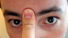 Despeja los senos paranasales en 20 segundos con la lengua y el dedo pulgar