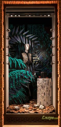 2016 Autumn Window Display at Shanghai Hermes Maison 上海爱马仕之家2016秋季主题橱窗 森海奇石 Photo by Seth Powers.