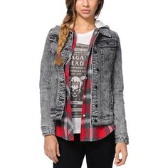 The Wild One Aztec Acid Wash girls denim jacket from Lira is just what you need to add some psychedelic style to your Fall look. With a thick denim construction, Lira detailing, an acid wash throughout and an Aztec native print patch at the back, this Lira jacket will keep your looks fresh all season.