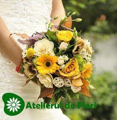 Buchet de mireasa In ton de toamna galben Wedding Flowers, Floral Wreath, Wreaths, Table Decorations, Outdoor, Autumn, Outdoors, Floral Crown, Door Wreaths