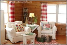 Creative Cain Cabin: Living Room with White Slipcovered Furniture. LOVE this look! Knotty Pine Decor, Knotty Pine Rooms, Knotty Pine Living Room, Cabin Homes, Log Homes, Painting Wood Paneling, Living Room Red, Furniture Slipcovers, Family Room