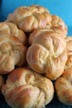 Sweet potato rolls #rolls #bread #sweetpotatorolls