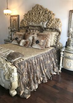 34 Cozy Italian Decor Ideas For Amazing Bedroom To Try Bed Linens Luxury, Bed Decor, Bedroom Decor, Awesome Bedrooms, Bed, Hippie Home Decor, Rustic Bedroom, Home Decor, Luxurious Bedrooms