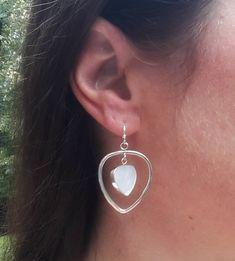 Teardrop earrings, 925 sterling silver earrings, mother of pearl earrings, dangle earrings Teardrop Earrings, Dangle Earrings, Mother Of Pearl Earrings, Bead Shop, Silver Hoops, Earring Backs, Minimalist Jewelry, Jewelry Shop, Sterling Silver Earrings