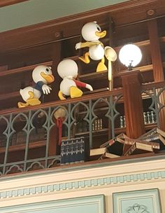 The StoryBook Store - City Hall - Main Street USA- Disneyland Park #disneylandparis '18