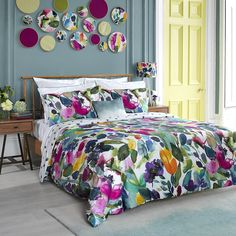 Make a statement with this Mode duvet cover from Bluebellgray. Crafted from 100% cotton sateen, it boasts a luxurious 300 thread count and is beautifully soft to the touch. A harmony of bright, fre...