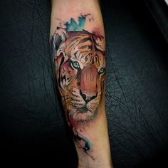#Tattoo by @sammeantunes  #⃣#Equilattera #tattoos #tat #tatuaje #tattooed #tattooart #tattoolife #tattoodesign #miamitattoo #miami #mia #florida #awesome #life #love #nature #ink #art #design #watercolor #illustration #color #colors #animal #colorful #cat #tiger  #watercolortattoo