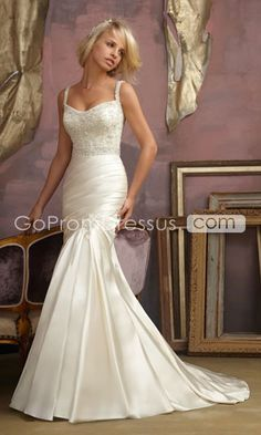 love the shape of this gown