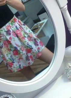 Kup mój przedmiot na #vintedpl http://www.vinted.pl/damska-odziez/spodnice/13709871-nowa-spodnica-w-kwiaty-sm