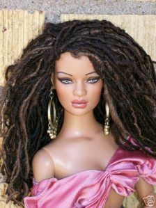 Barbie in dreads & of course pink. Dreads, Do It Yourself Fashion, Pelo Natural, Natural Baby, Beautiful Barbie Dolls, Black Barbie, Barbie Collection, My Black Is Beautiful, Beautiful Images