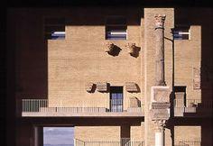 Duccio Malagamba: photo of the restauration of the Roman theatre of Sagunto - Giorgio GRASSI>