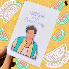 Harry styles lights up birthday $5 card on etsy @artdecoeastcoast Bolos One Direction, One Direction Gifts, One Direction Birthday, Harry Styles Birthday, Harry Birthday, 20th Birthday, Diy Birthday, Friend Birthday, Cute Presents