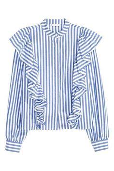 London Fashion Week Street Style: Shop The Look Autumn/Winter 2016 British Vogue Blouse Volantée, Frill Blouse, Shirt Blouses, Collar Blouse, Cotton Blouses, Blouse En Coton, Chemise Fashion, Bluse Outfit, Street Style Shop