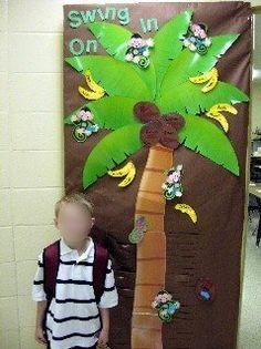 Swing On In Palm Tree Door Decoration Idea