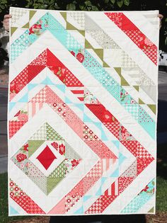 Vintage Modern Swirling Medallion Quilt by Made By Cola, via Flickr