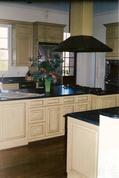 Custom design kitchen cabinetry created by Rolling Hills Millwork.