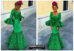 N/A Spanish Style, Beautiful Women, Costumes, Bridal, Formal Dresses, My Style, Lady, Womens Fashion, Flamenco Dresses