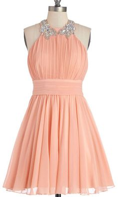 Darling dress in coral  http://rstyle.me/n/fpdkznyg6