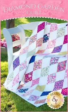 Diamond Garden Quilt Kit: Bring your flowers inside with the Diamond Garden Quilt Kit! Enjoy a splendor of beautiful floral print blooms in vibrant color that really pop off a white background. Quilt finishes at approximately 46 Star Quilts, Easy Quilts, Scrappy Quilts, Quilting Projects, Quilting Designs, Sewing Projects, Quilting Ideas, Sewing Ideas, Missouri