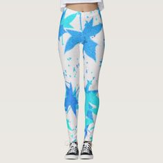 Blue and white leggings Christmas Tights, Christmas Leggings, Winter Leggings, Blue And White Leggings, Casual Wear, Casual Outfits, Snowflake Leggings, Workout Leggings, Leggings Fashion
