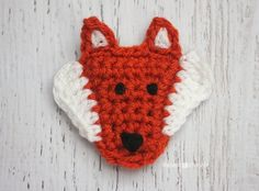 Here is Day 6 of my 26 Days of Crochet Animal Alphabet Appliques! F is for Fox This fantastic fox is a cute and trendy woodland creature who would look lovely on any Fall inspired piece! Someone made a great suggestion on my FB page that you could crochet two of them and sew them together …