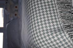Luxusná deka z merina pepito – aqua Blankets, Aqua, Tote Bag, Bags, Handbags, Water, Blanket, Totes, Cover
