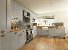 One of my favourite kitchens to shoot. This Whitby kitchen in Skylon Grey fit perfectly into this stylish Harrogate town house. Open Plan Kitchen Diner, Open Plan Kitchen Living Room, Kitchen Dinning Room, Home Decor Kitchen, Country Kitchen, Kitchen Interior, Home Kitchens, Grey Kitchens, Small Kitchens