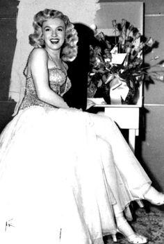 - Marilyn Monroe - www.more4design.pl - www.iwantmore.pl - www.mymarilynmonroe.blog.pl