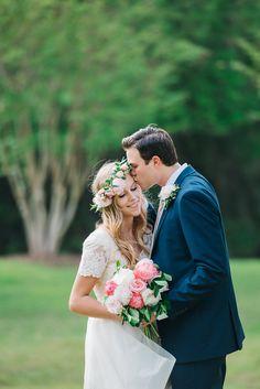 Wedding photo idea - bride + groom {Photo by @emilypchappell}