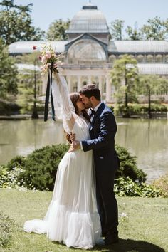 Madrid park elopement   Image by Blancorazon Wedding Wedding Locations, Wedding Vendors, Wedding Blog, Wedding Events, Wedding Styles, Our Wedding, Destination Wedding, Elopement Inspiration, Photography And Videography