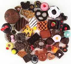 Chocolate Sweets Deco Kawaii Cabochon Mix Decoden Miniature Sweets Cabochon Bears Set Polymer Clay Sweets Cellphone Deco (40 pcs) - 006 on Etsy, $8.99