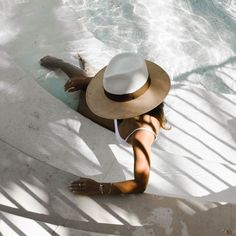 MARIANNA HEWITT - HAT AND WHITE BATHING SUIT - BYBLOS HOTEL ST TROPEZ  FRANCE Summer Vibes 8e1ffc5043a0