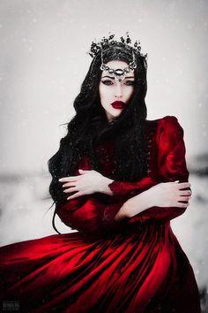 Ideas For Photography Dark Beauty Fantasy Witches Dark Beauty, Gothic Beauty, Foto Fantasy, Fantasy Art, Fantasy Queen, Fantasy Witch, Fantasy Love, Fantasy Princess, Fantasy Fiction