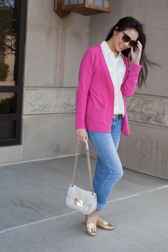 casual,outfit,of,the,day,ootd,jcrew,crewcuts,pink,tory,burch,gold,loafers,penny,drivers,michael,kors,sloan,quilted,crossbody,handbag,hudson,denim,jeans,gucci,sunglasses,havana,lookbook,blythe,blouse,silk,white,ivory,
