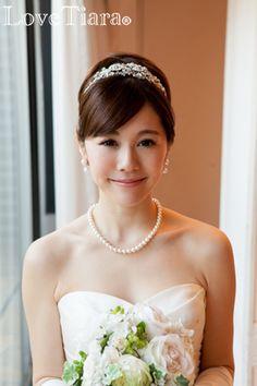 Wedding Styles, Wedding Photos, Hair Arrange, Beautiful Girl Photo, Attractive Girls, Wedding Preparation, Bride Hairstyles, Bridal Style, Headpiece