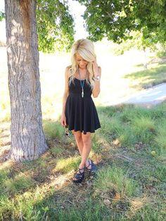 Lifestyle   Fashion   OOTD   Flaunt Shop   Black Dress   Alexa Jean