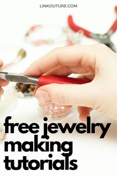 Get inspired with these jewelry making ideas & designs you can do at home. You'll feel confident to make your own jewelry in no time! Making Jewelry For Beginners, Wire Jewelry Making, Jewelry Tools, Jewelry Crafts, Jewellery Making, Jewelry Storage, Bead Jewelry, Diy Jewelry Tutorials, Free Tutorials