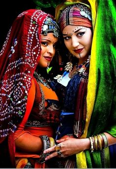 Kurdish women dressed for a traditional dance