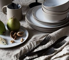 my scandinavian home: beautiful stoneware from Nordal on my festive table setting.