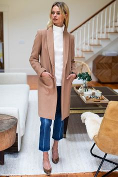 Tailored Coat - Camel - Emerson Fry Emerson Fry, Camel Coat Outfit, Camel Blazer, Tailored Coat, Outfit Look, Nyc Fashion, Fashion Outfits, Fashion Clothes, Woman Fashion