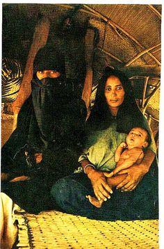 La vida de los beduinos los habitantes del desierto, ver y visitat los en su tour, Tour y safari en el desierto, aventuras en el desierto en Hurgada cena beduina y te tipico egipcio beduino, noches arabes en el desierto de Hurgada #safari_desierto_Hurgada #Egipto  http://www.maestroegypttours.com/sp/Excursi%C3%B3nes-en-Egipto/Hurghada-Excursiones/Tour-de-Safari-por-moto-y-cena-Beduina-por-el-desierto-en-Hurgada