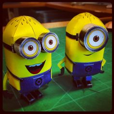 Minions in progress papercraft papertoy