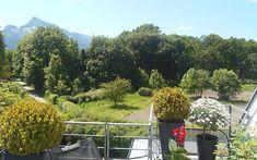 Auf dem XL-Terrassenbalkon der Dachgeschosswohnung in Morzg genießen Sie eine Auszeit. Plants, Terrace, Gap Year, Real Estates, Haus, Plant, Planting, Planets